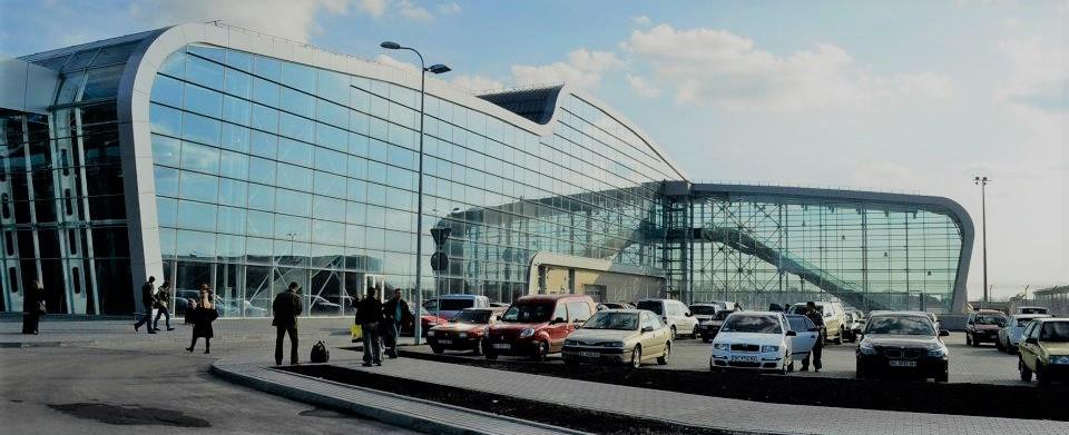 car rental at Lviv airport